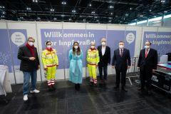 Impfung: Erste Covid-Impfstraße in Wien gestartet