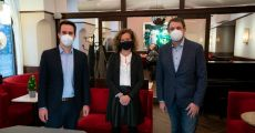 Wiener Vizebürgermeister präsentiert fliegende Lerncafés