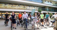 RACE FOR FUTURE: Klimagerechte Gebäude in Wien mit dem Rad entdecken